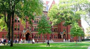 中国的大学比美国大学差在哪
