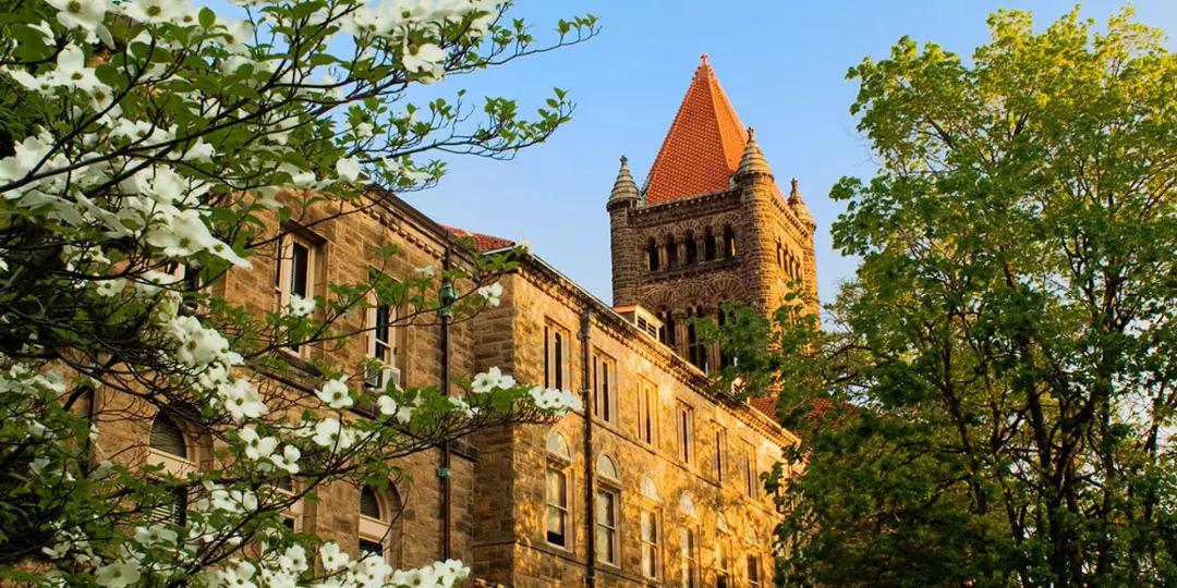 伊利诺伊香槟大学