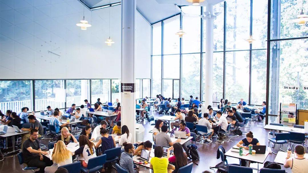 不同于私立名校,美国转学大校转学率竟高至53%